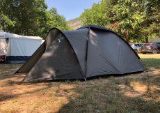 Tent-Koel-Houden-In-Schaduw