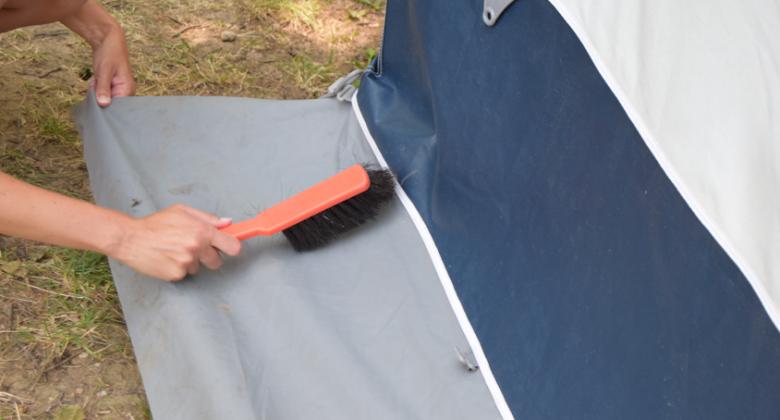 Tentdoek-schoonmaken